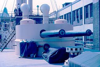 Philadelphia - USS Olympia's Guns