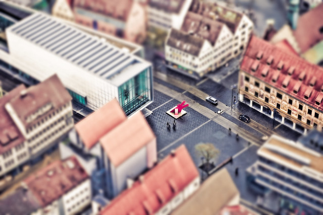 5119556767 11cc517ab4 z 30 Images Of Real Cities That Look Like Miniatures