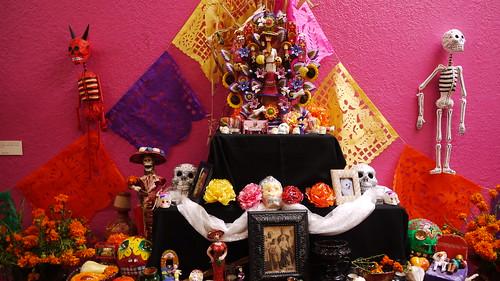dia de los muertos , altar