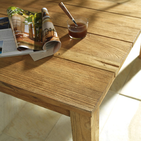 Une table de bois brut flickr photo sharing for Table a manger bois brut
