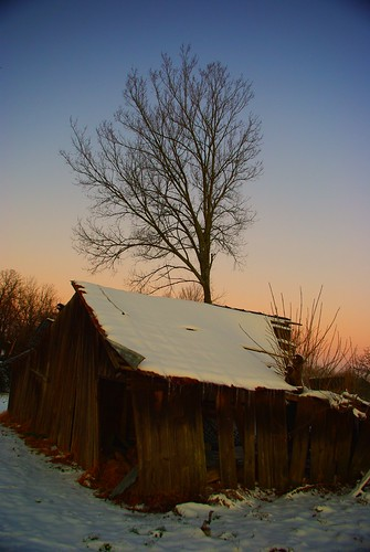 snow barn sunrise arkansas crawfordcounty