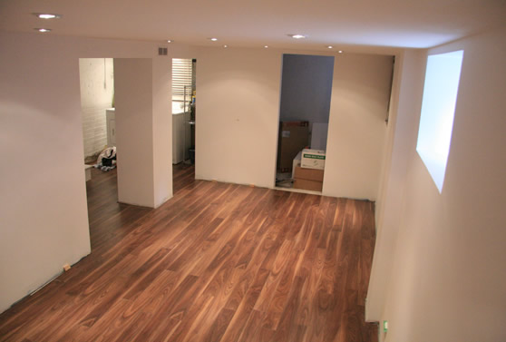 Laminate flooring basement laminate flooring for Basment flooring