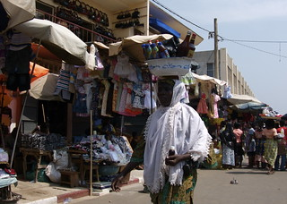 Buy handicrafts and local good at the Grand Marche - Things to do in NDjamena