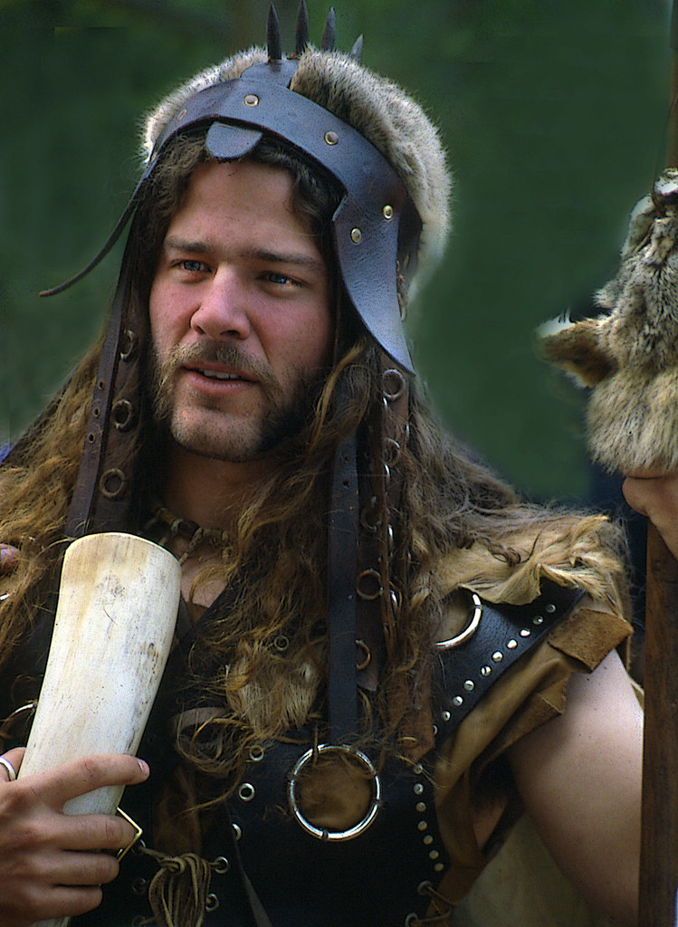 germanic tribal characterisitcs of beowulf Beowulf, as a result, is an icon of his ancient germanic heritage he is mimetic of the world around him in addition, he reflects the pasts tradition of heroes he follows in shield and sigemunds footsteps, mirroring their characteristics and actions.