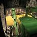 Small photo of Traktor mit Rodel
