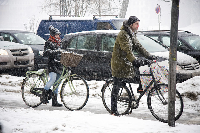 Homme Femme - Cycling in Winter in Copenhagen