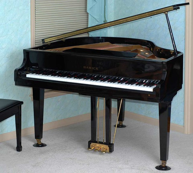 Samick Piano All Front S Model Sg 140 Baby Grand
