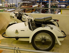 automobile, wheel, vehicle, automotive design, motorcycle, antique car, sidecar, land vehicle, motor vehicle, classic,