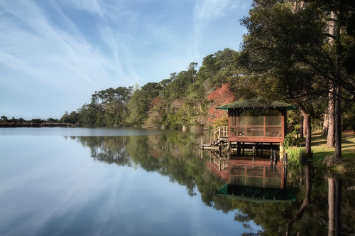 The Boathouse on Long Lake