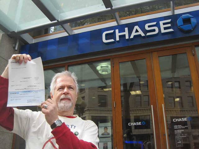 how to close a bank account chase