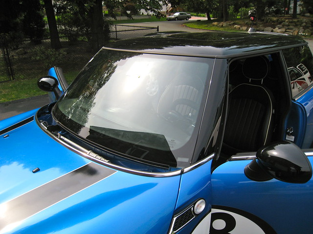 MINI Cooper JCW Windshield Replaced