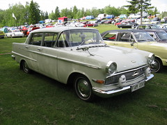 simca vedette(0.0), ford ranch wagon(0.0), compact car(0.0), convertible(0.0), automobile(1.0), automotive exterior(1.0), vehicle(1.0), ford(1.0), antique car(1.0), sedan(1.0), classic car(1.0), land vehicle(1.0), luxury vehicle(1.0),