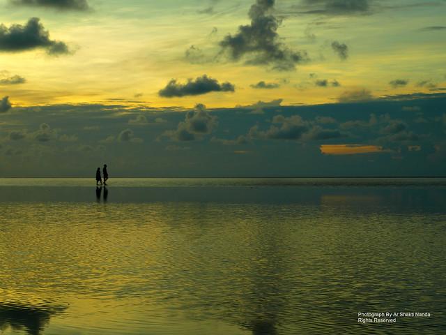Walk on the Sea @ Chandipur Beach