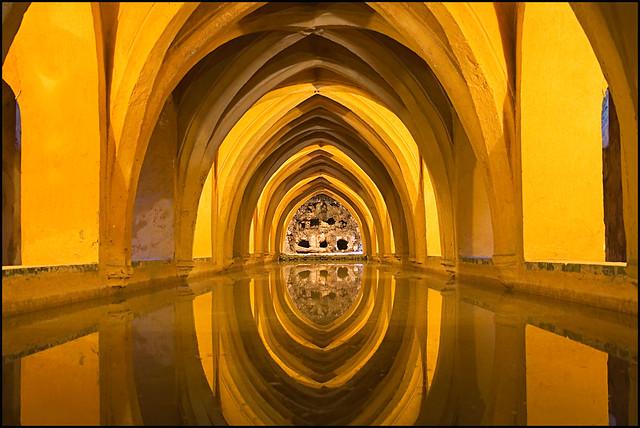 - Baños de María de Padilla - Sevilla