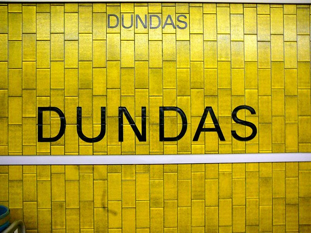 Dundas Ttc Subway Station Flickr Photo Sharing
