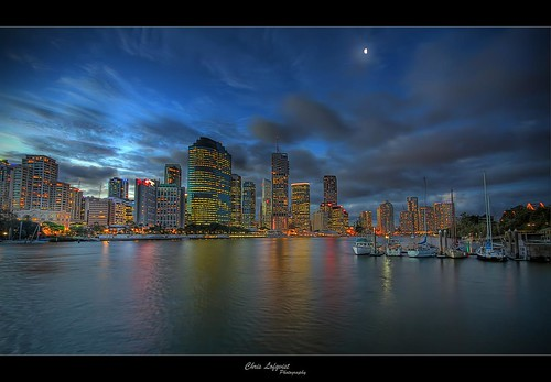 reflection river lights cityscape australia brisbane queensland hdr highrises kangaroopoint sigma1020 canon7d