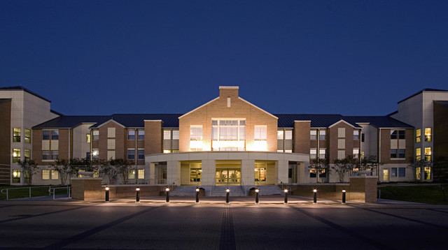 University of texas at arlington kalpana chawla hall