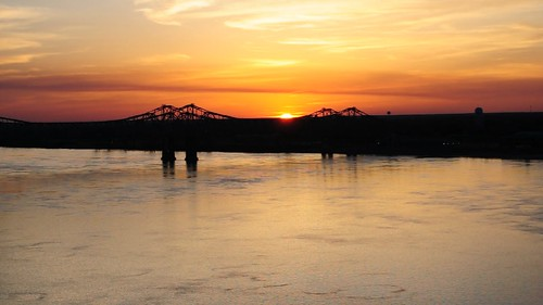 mississippi natchez adamscounty mississippiriver river view scenery bridge sunset