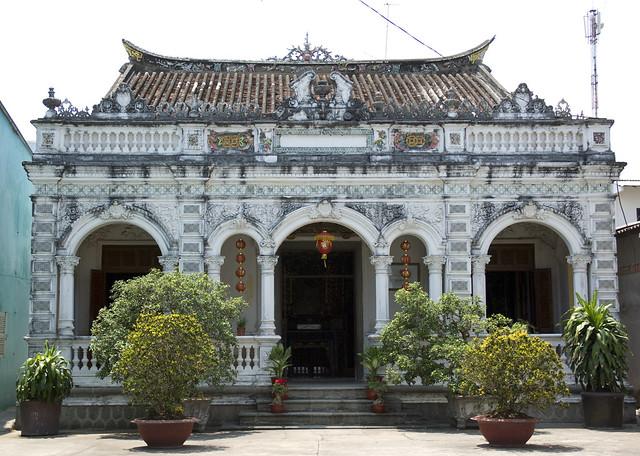 Huỳnh Thủy Lê's house