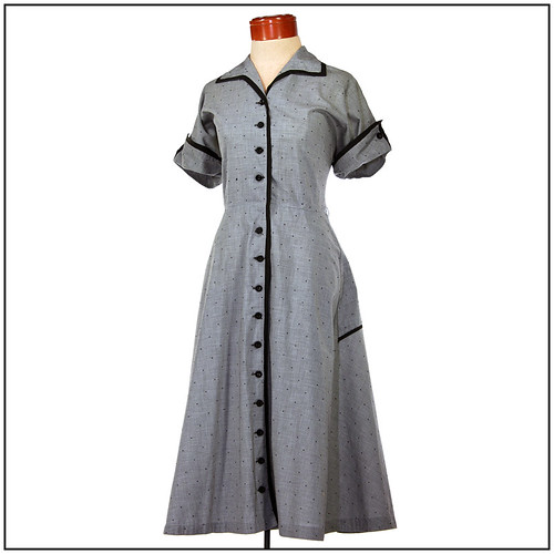 Vintage 1950s Dress. Rockabilly Day Dress with Button Details(Large)