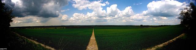 Panoramic Path Barton-Le-Clay