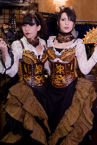 Clockwork corset twins at Steampunk Worlds Fair