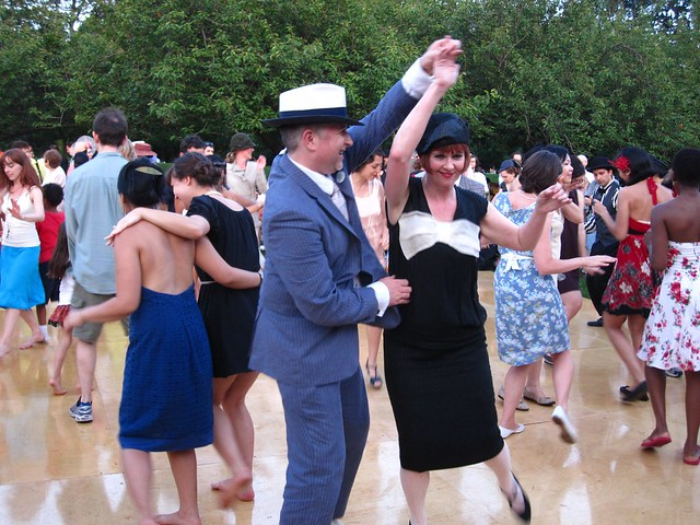 Going for a spin on the Jazz Age dance floor during BBG Members' Centennial Evening. Photo by Rebecca Bullene.