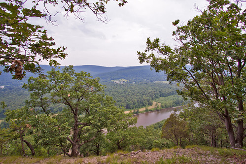 ny june river walk hike trail valley weekendtrip viewpoint hilltop tanglewood valleyview naturecenter chemungriver canon50d tanglewoodnaturecenter lakedemmoncampingtrip
