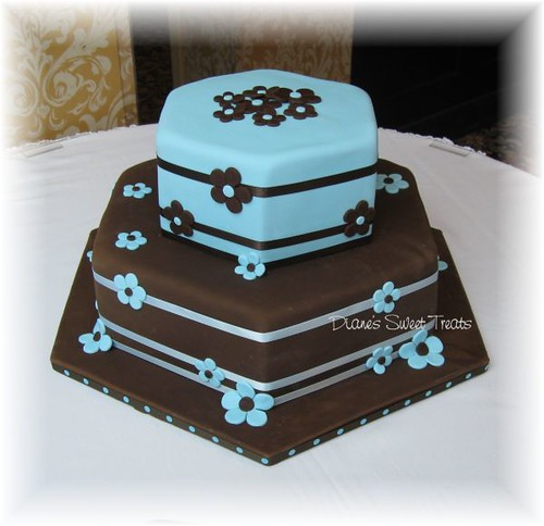 Tiered wedding cake blue and brown another great couple to start my new