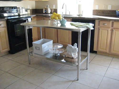Tart house stainless steel island for Perfect kitchen fabrication