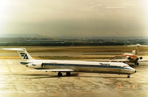 AVIACO MD-88 EC-FHG(cn1911)