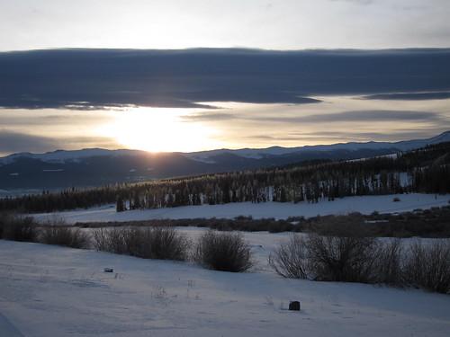 snow sunrise rockies colorado rockymountains xcskiing crosscountryskiing ymcaoftherockies snowmountainranch hcic hcic2010