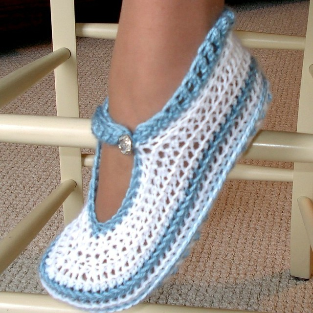 Mary Janes slippers Crochet Pattern Flickr - Photo Sharing!