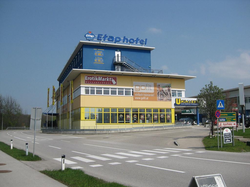 Außenansicht Etap Hotel Salzburg Flughafen
