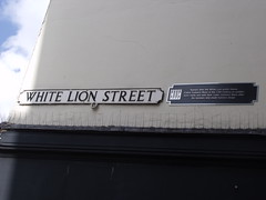 Photo of The White Lion, Norwich and White Lion Street black plaque