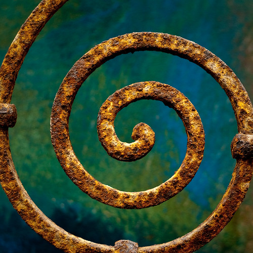 texture contrast spiral rust iron explore saturation santanarow thewall
