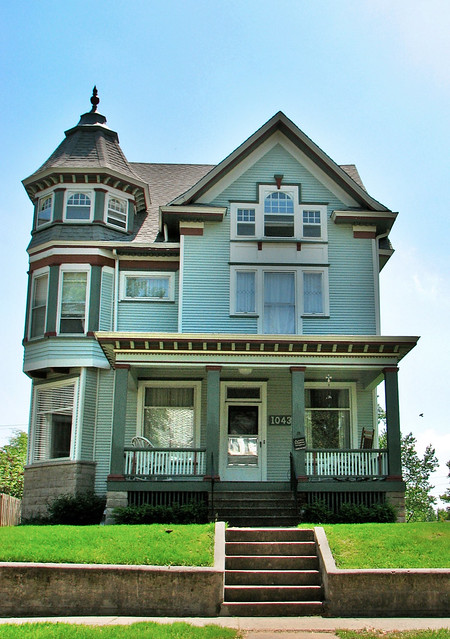 Victorian home with tower flickr photo sharing for Homes with towers