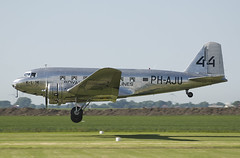 aviation, narrow-body aircraft, airliner, airplane, propeller driven aircraft, vehicle, douglas c-47 skytrain, douglas dc-3, takeoff, flight,