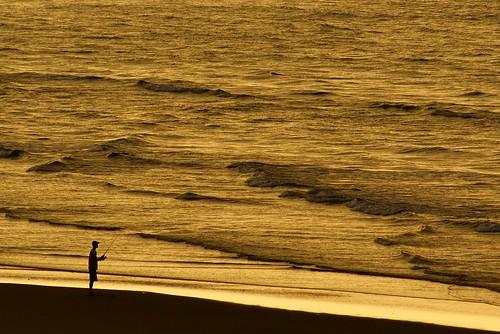 ocean beach silhouette myrtlebeach fisherman sony southcarolina atlantic a200 cherrygrovebeach sal1870 friendlychallenges sonyalphadslra200