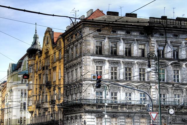 A jewish quarter street. Prague. Una calle del barrio ...