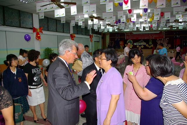 2010年5月份-金色山莊安排Hauraki市長拜會屏東縣南榮國中