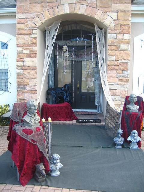 Video: More spooky fun at Ricky's house on Halloween 2010 | Inside ...