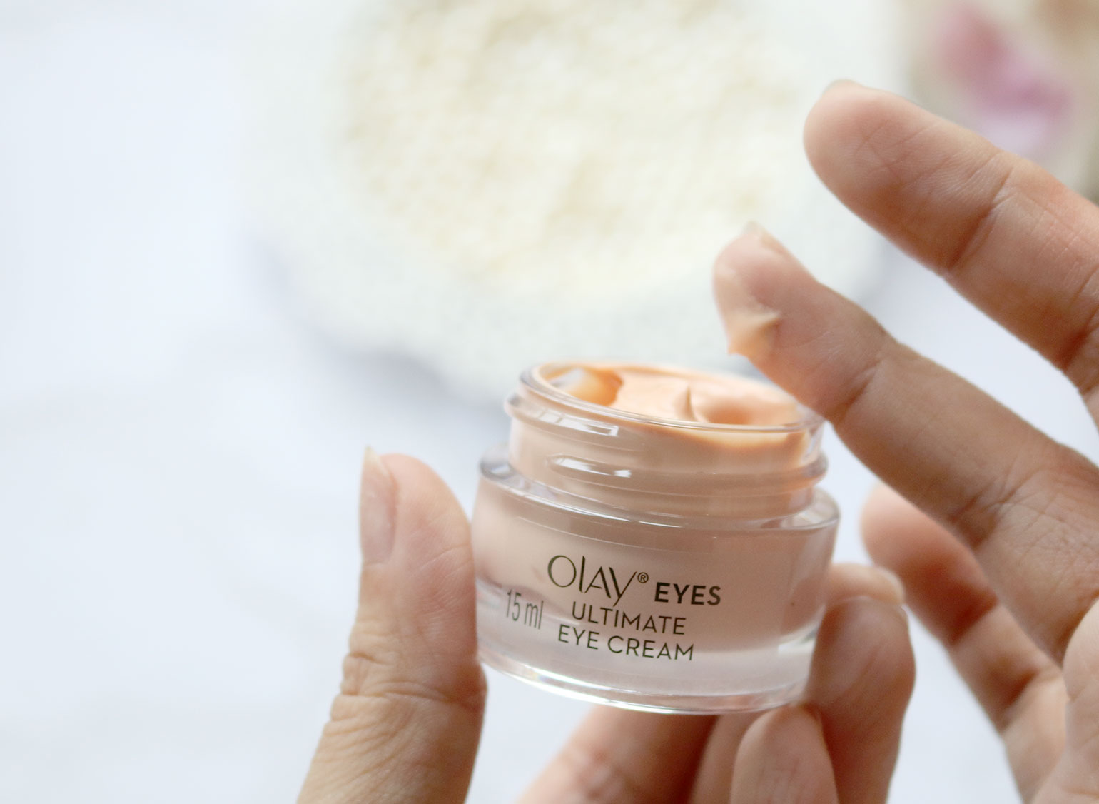 4 Olay Eyes Review Photos Before and After - She Sings Beauty by Gen-zel Habab