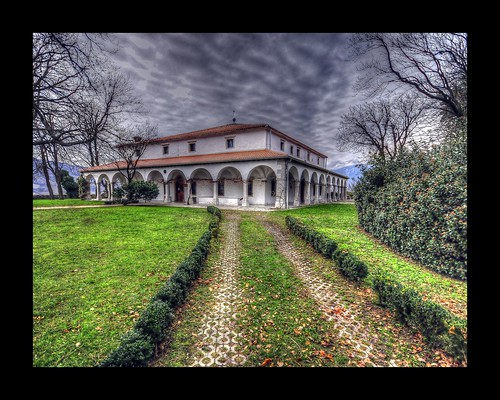 road park trip travel sky cloud tourism beautiful clouds amazing nice nikon perfect tour view superb path unique awesome sigma style grand tourist slovenia journey valley stunning excellent mansion slovenija lovely arcades manor incredible 1020 renaissance hdr breathtaking d300 palladian vipava photomatix zemono lanthieri slod300