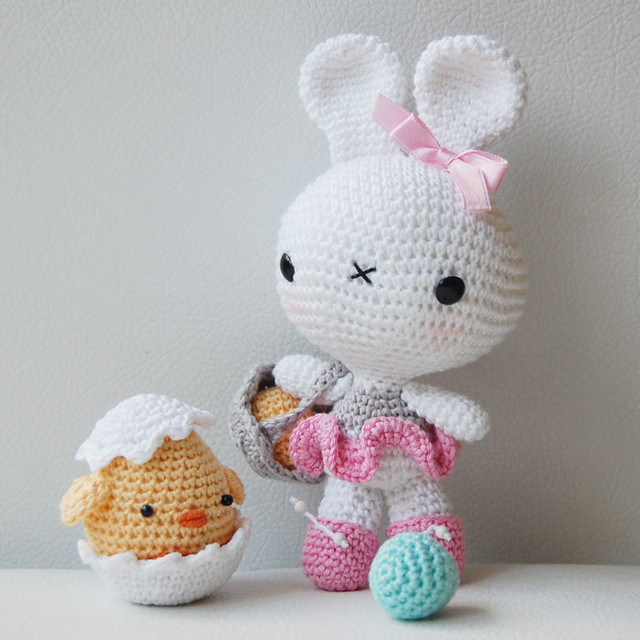 Amigurumi Easter Bunny : Amigurumi Easter Bunny and Chick Flickr - Photo Sharing!