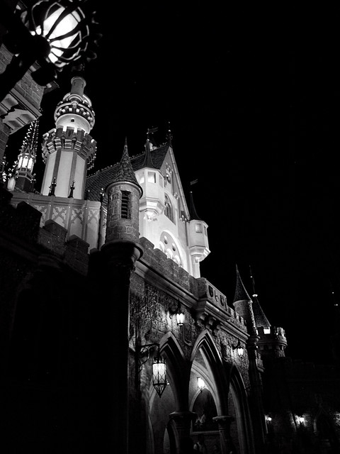 8709 -- disneyland resort