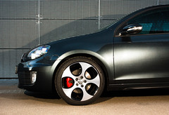 volkswagen gli(0.0), volkswagen golf mk5(0.0), automobile(1.0), automotive exterior(1.0), wheel(1.0), vehicle(1.0), automotive design(1.0), volkswagen golf mk6(1.0), rim(1.0), volkswagen gti(1.0), alloy wheel(1.0), bumper(1.0), land vehicle(1.0), volkswagen golf(1.0),