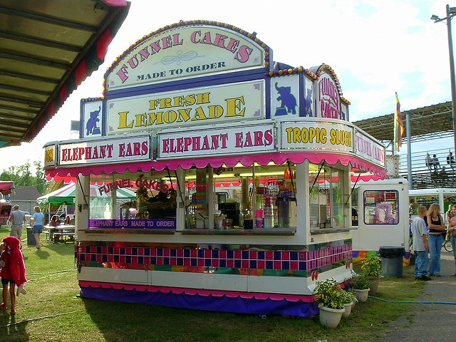 Made To Order Funnel Cakes Elephant Ears And Lemonade Trailer Flickr Photo Sharing