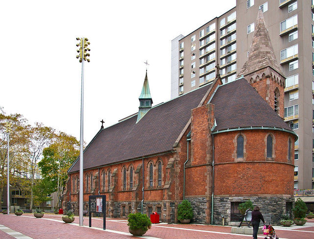 Walk In New York - Roosevelt Island - The Chapel of Good Shepherd 03