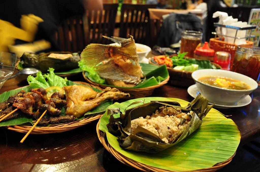 Makanan Sunda di Pacific Place